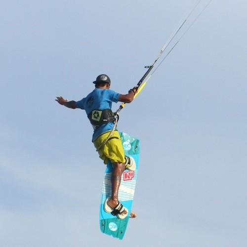 Board Between Legs 1 Foot Kitesurfing Technique