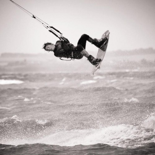 Whitstable Kitesurfing Holiday and Travel Guide