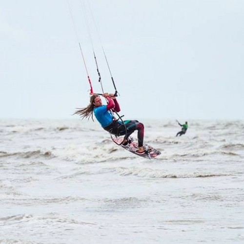 Camber Sands Kitesurfing Holiday and Travel Guide