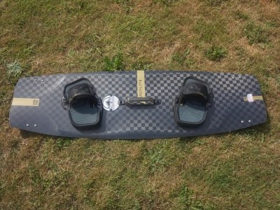 Liquid Force Kites Absolute 136 x 41.7cm 2020 Kitesurfing Review