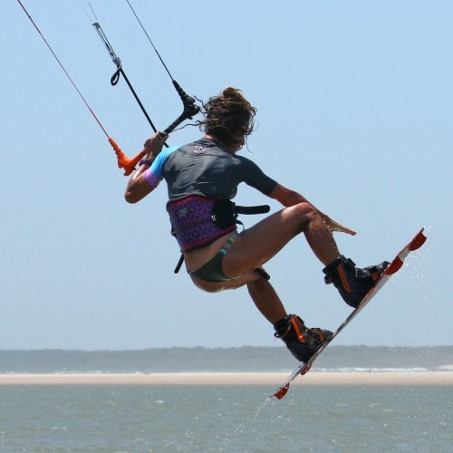 Popped Hooked Indy Front to Blind Kitesurfing Technique
