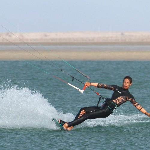 Heelside Hand Drag Kitesurfing Technique