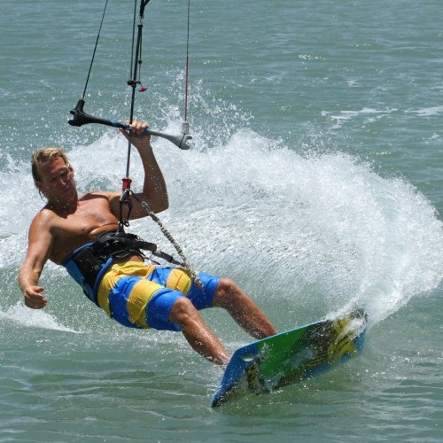 Twin Tip Duck Tack Kitesurfing Technique