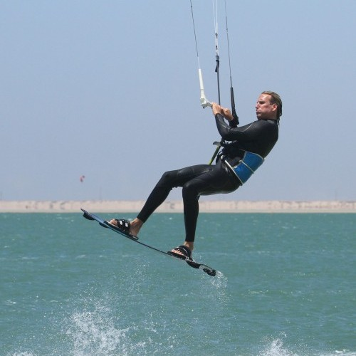 Air Gybe from Toe Side Kitesurfing Technique
