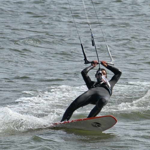 Strapless Heel to Toe Side Duck Tack Kitesurfing Technique