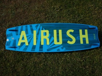 Airush Apex V5 135 x 41cm 2019 Kitesurfing Review