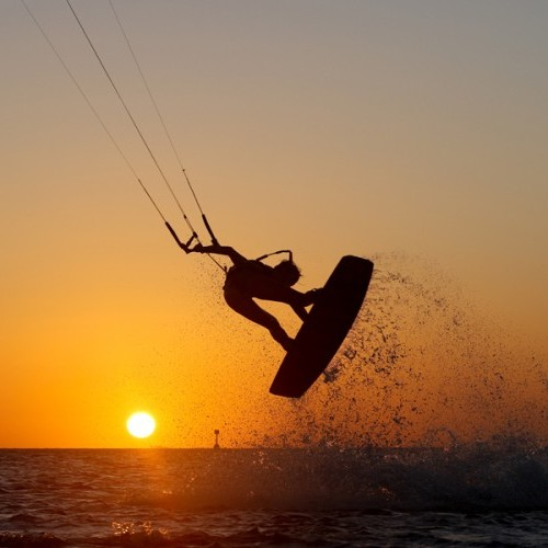 Cuyo Island Kitesurfing Holiday and Travel Guide