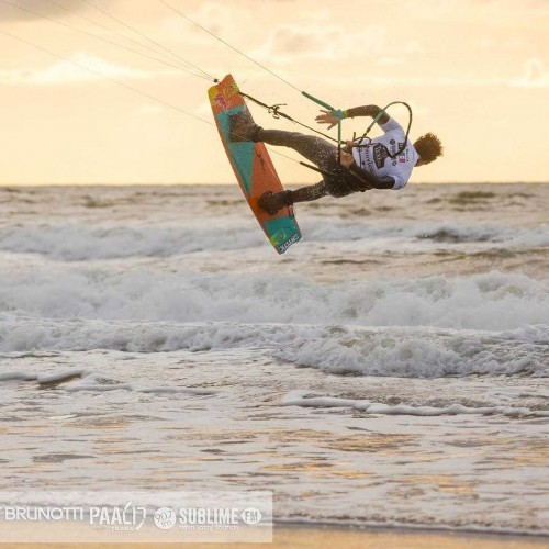 Texel Kitesurfing Holiday and Travel Guide
