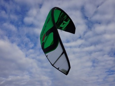 Ozone Edge V9 13m 2017 Kitesurfing Review