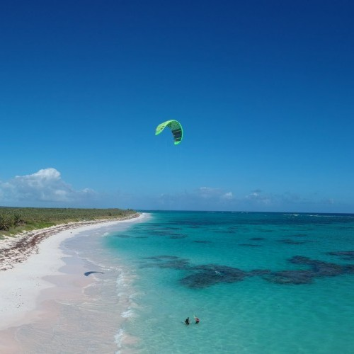 Cat Island Kitesurfing Holiday and Travel Guide