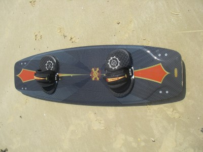 Slingshot SX 136 x 39.5cm 2008 Kitesurfing Review