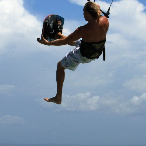One Foot Air Gybe Kitesurfing Technique