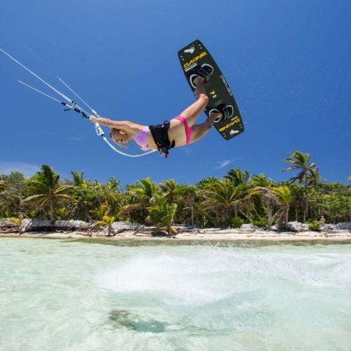 Roatan Kitesurfing Holiday and Travel Guide