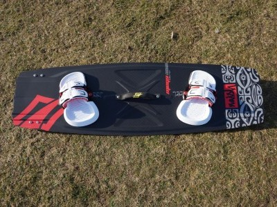 Naish Kiteboarding Mega 136 x 42cm 2015 Kitesurfing Review