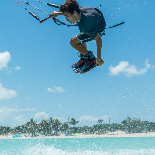 Providenciales Kitesurfing Holiday and Travel Guide