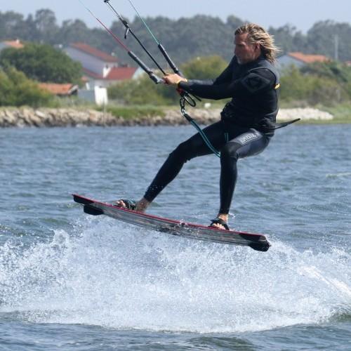 Unhooked Pop from Toeside Kitesurfing Technique