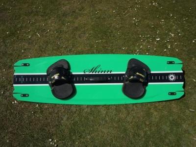 Shinn Pinbot 135 x 41cm 2015 Kitesurfing Review